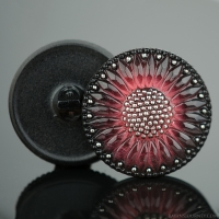 (32mm) Round Sunflower Salmon Pink and Jet with Platinum Paint