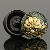 (18mm) Round Flower Design Tourmaline Green with Antique Finish and Gold Paint