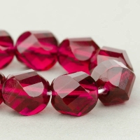 Spiral Faceted Round (10mm) Fuchsia Transparent