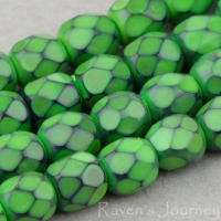Round Faceted (4mm) Kelly Green Opaque with Jet Honeycomb