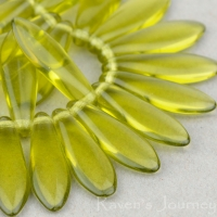 Medium Dagger (16x5mm) Olivine Transparent