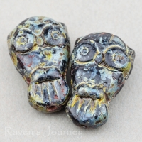 Owl (18x11mm) Jet Opaque with Picasso