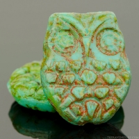 Horned Owl (18x15mm) Turquoise Opaque with Light Picasso Finish