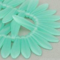 Medium Dagger (16x5mm) Green Aqua Opaline
