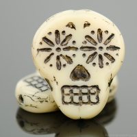 Sugar Skull (20x17mm) Ivory Opaque with Black Wash