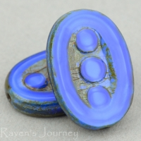 Pea In A Pod Oval (18x12mm) Blue Silk with Picasso